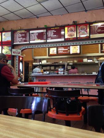 Fernando's Taco Inn