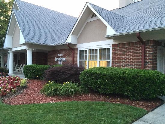 Residence Inn Atlanta Norcross/Peachtree Corners: Frente - Entrada