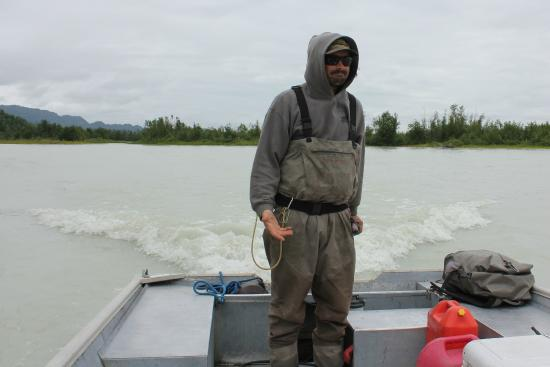 Nikiski, AK: Metal boat and guide Evan
