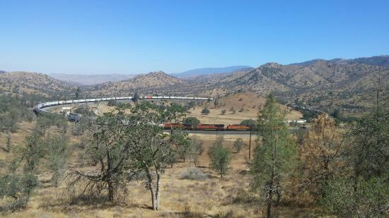 Tehachapi Loop: Great loop