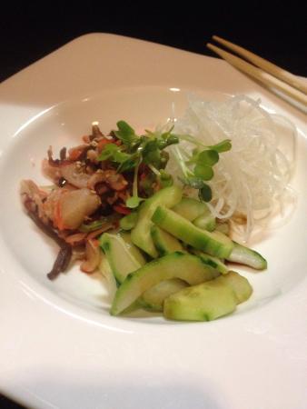 Tomo Japanese Cuisine: Great evening of sashimi
