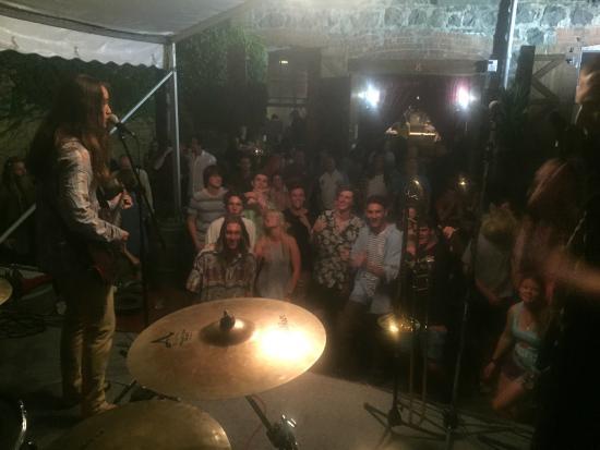 "Whangarei, Selandia Baru: Youth gig ""Strangely Arousing"""