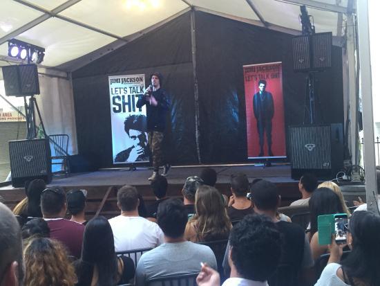 """Whangarei, Nueva Zelanda: live standup comedian """"Jimi Jackson"""""""