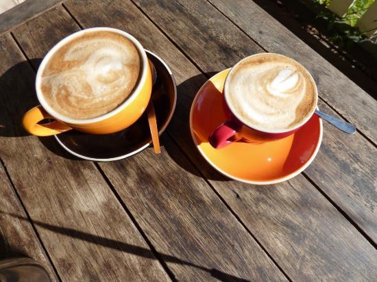 Cafe Wollombi: Coffee