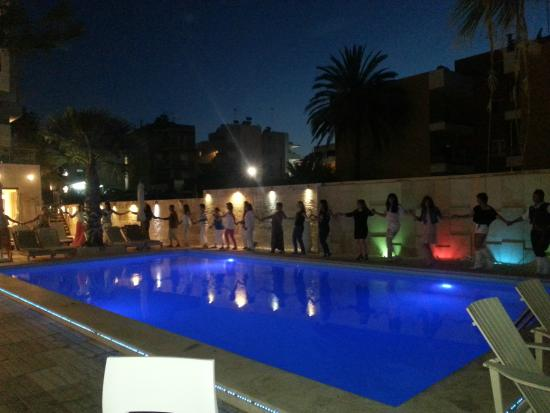 Glaros Beach Hotel : Tuesday´s greek night with cocktails and entertainment
