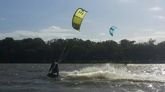 Adventure Sports Kitesurf Australia: Mayo cranking at Lake Weyba