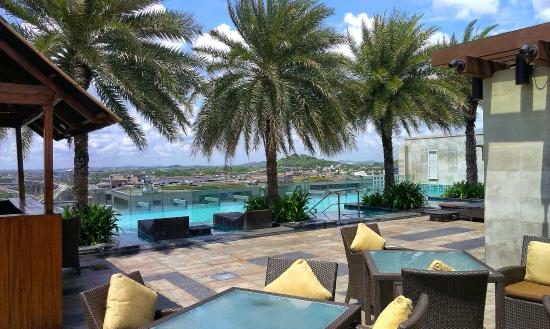 Hilton Hotel T Restaurant