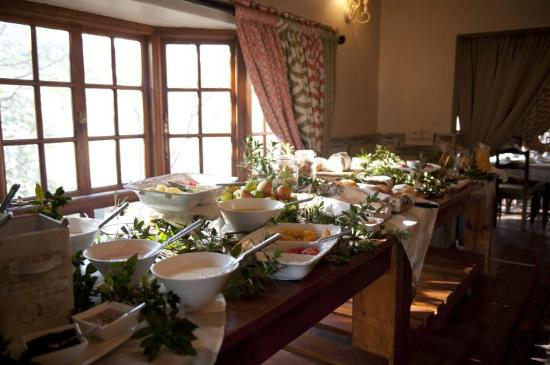 Granny Mouse Country House : Breakfast buffet