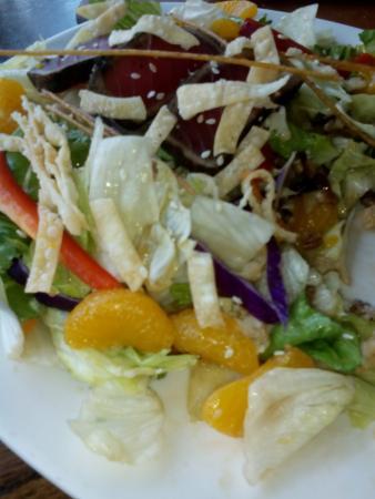 Outback Steakhouse: ahi tuna salad