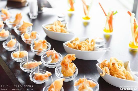 Il buffet per la tua festa di compleanno foto di lido di cernobbio