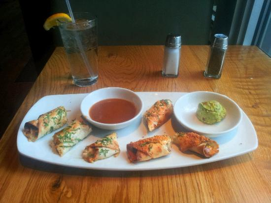 tortilla spring rolls - Picture of California Pizza Kitchen, Fort ...