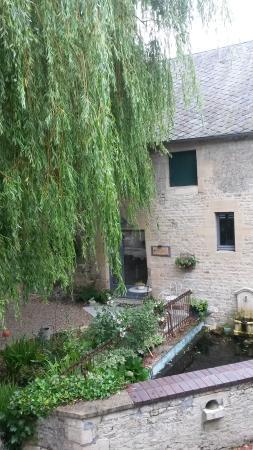 Villiers-le-Sec, Francia: Et glimt af gårdhaven
