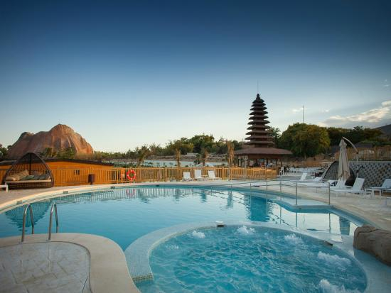 Magic Natura - Animal, Waterpark & Polynesian Lodge Resort