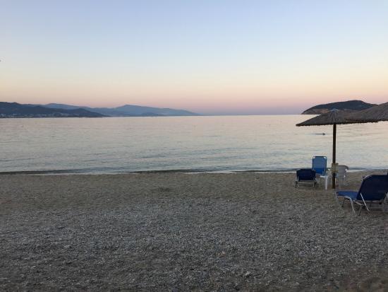 Nea Iraklitsa, Hellas: Nice sunset on Iraklitsa beach