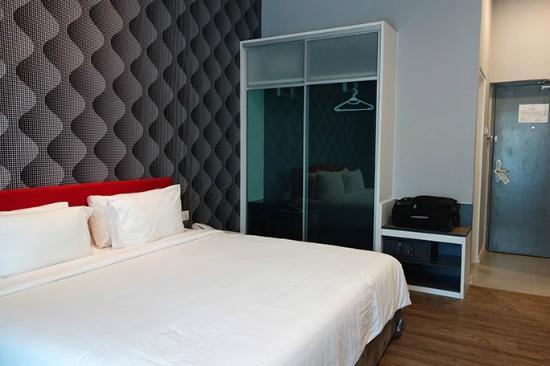 Cenang Plaza Beach Hotel Deluxe Zimmer Mit Kingsize Bett Und Meerblick