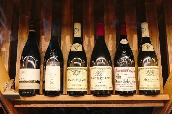 Internationale Weine Restaurant Esszimmer Bild Von Restaurant