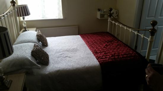 Kilbrack House Bed and Breakfast: Bett