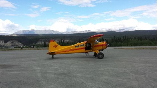 McCarthy, AK: 1949 vintage plane used for our return flight