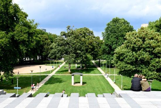 Jardin yitzhak rabin parc de bercy picture of parc de for Jardin yitzhak rabin