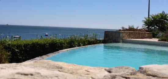 Hotel Solar Palmeiras: Na relva da piscina