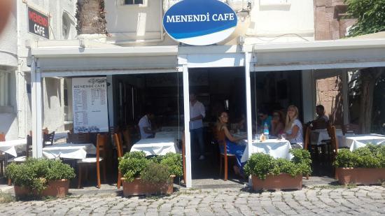 Menendi Cafe