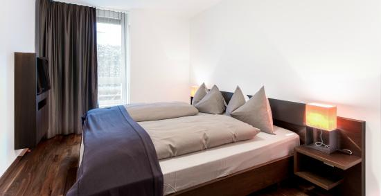 Wellnesshotel Golfpanorama: Appartement Elternzimmer