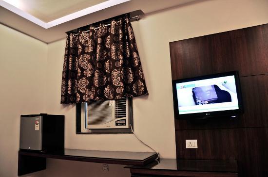 Hotel Vanson Villa : Deluxe Double Room with Window