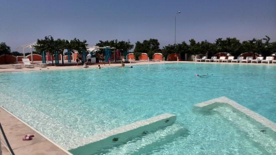 Chiusurelle Residence : La piscina del Residence