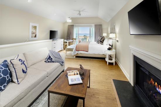 Beach House Superior King (Jr Suite)