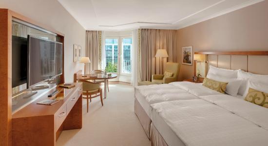 Grand Hotel Elysee Hamburg Check Out