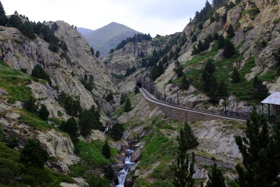 """Catalonian Pyrenees, สเปน: The """"Cremellera"""" mountain train from Ribes de Freser (912m above sea level) to Núria (2,000m)"""