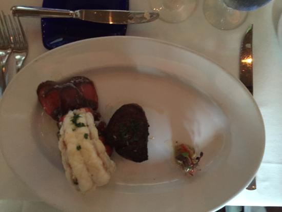 Salacia Prime Seafood and Steaks Restaurant: This place WOW just OUTSTANDING award winning. Worth every penny.