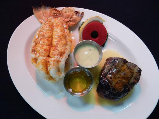 The Wonder Bar Steakhouse: CLASSIC SURF & TURF