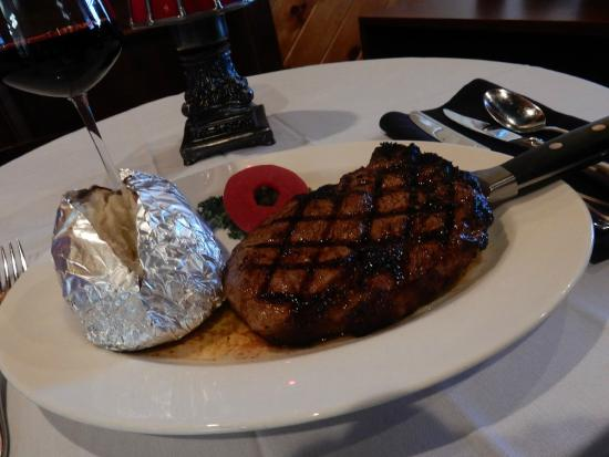 The Wonder Bar Steakhouse: GRILLED RIB EYE