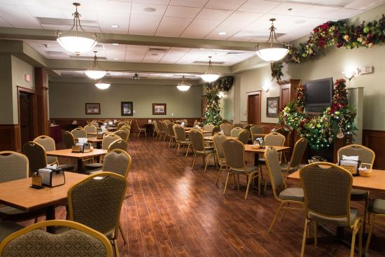 The Inn at Christmas Place: Breakfast Room