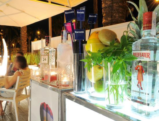 El Comedor : Prueba uno de nuestros fantasticos cocktails