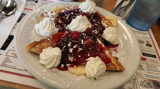 Harv's Diner : Breakfast Dessert should always be a thing on holidays. Bring on the Stuffed French Toast