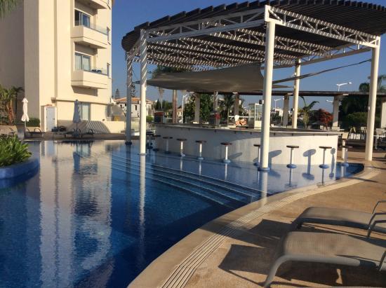 Brilliant Hotel Apartments - Picture of Sunrise Oasis ...