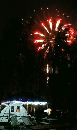 Sara's Campground: Fireworks overhead from Waldameers Park