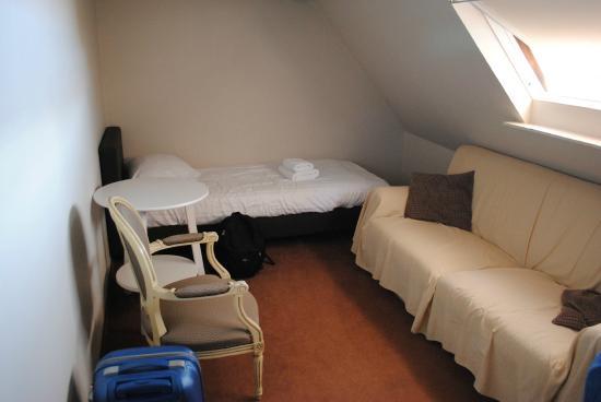 Hotel Groeninghe: Deuxième pièce avec lit simple