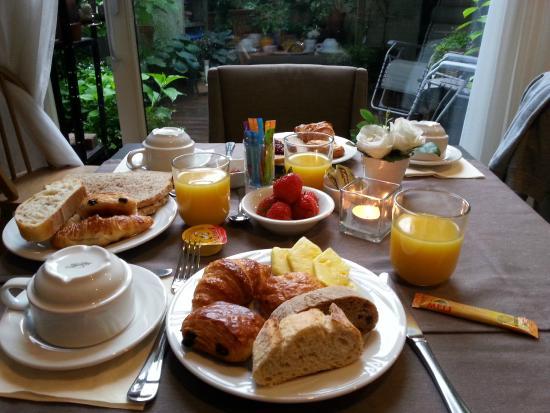 Hotel Groeninghe: Petit-déjeuner copieux et gourmand