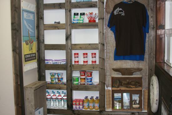 Ilwaco, WA: Lobby Gift Shop