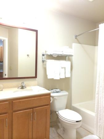 Candlewood Suites Medford: photo2.jpg