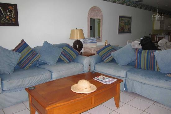 Conch Club Condominiums: Living Area