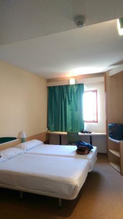 Hotel Iris Guadalajara: habitacion