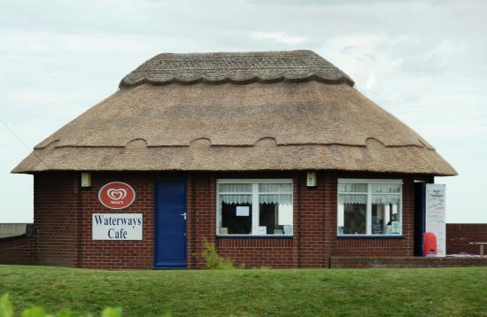 Waterways Cafe: Located right next to the beech