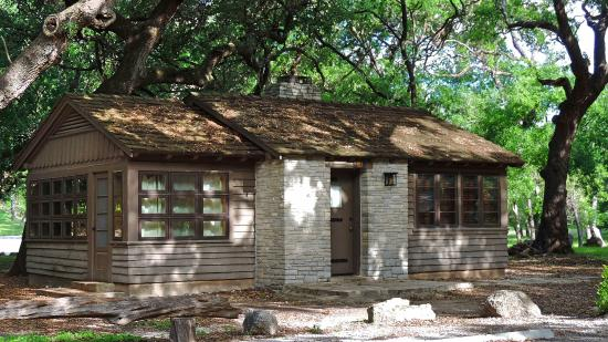 Texas: Really neat cabins available to rent