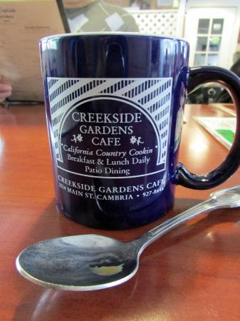 Creekside Gardens : Always full coffee cup