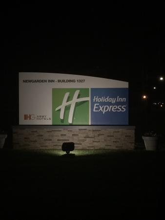 IHG Army Hotels Newgarden Inn: Welcome Sign to Nee Garden Inn