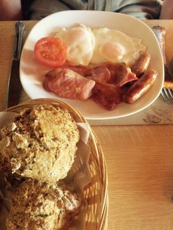 Ard Einne Inn: Full Irish Breakfast